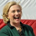 Hillary Clinton reconoce interés en candidatura presidencial