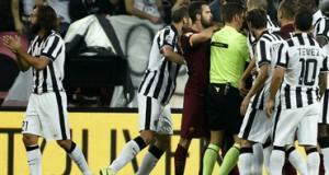 Liga italiana castiga a Juventus y Roma