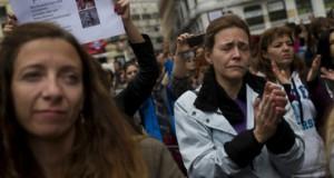 Estable, aunque grave, española infectada de ébola