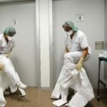 España descarta riesgo de ébola; enfermera continúa grave