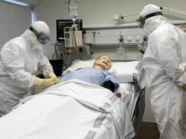 EU probará en humanos vacuna canadiense contra ébola