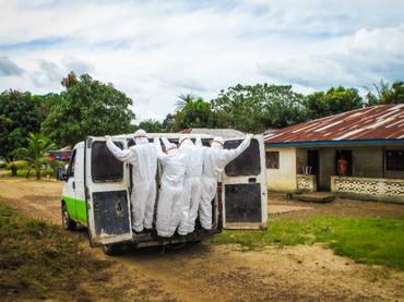 Ébola, controlado en seis meses con medidas adecuadas: Cruz Roja