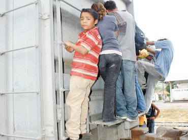 La CIDH urge a EU acabar detención de niños migrantes e investigar abusos