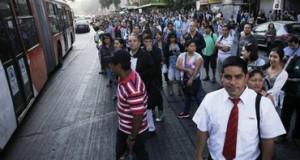 Transporte en capital chilena colapsa por falla en el Metro