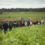 Campesinos paraguayos incendian hacienda ganadera