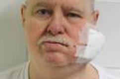 Sentenciado por asesinatos 'de culto' muere en Nebraska