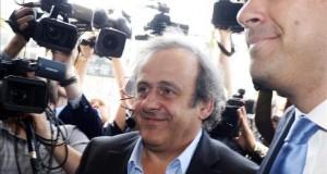 El Comité de Ética de la FIFA pide la expulsión de por vida de Platini