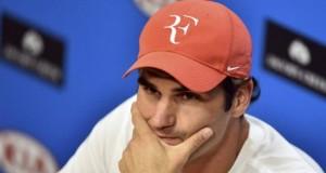 Federer, operado con éxito de la rodilla, será baja en Rotterdam y Dubai